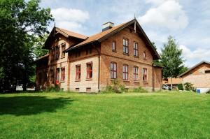 Bjerke-gaard-hovedhus-2006